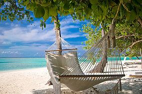 Pantai yang tenang, salah satu contoh safe place.