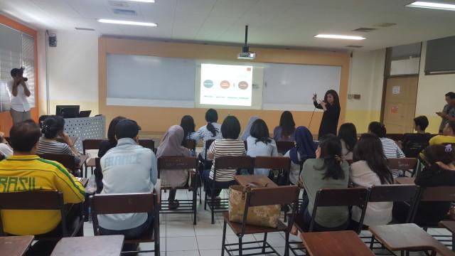VeronicaColondam-kuliah-PsikologiIntervensiSosial